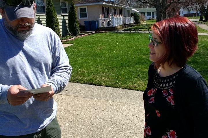 Libertarian Single Mom Patty Malowney Seeks to Unseat Republican